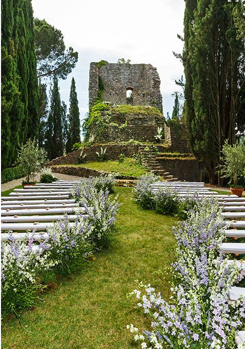 Outdoor Irish Wedding by a ruined castle