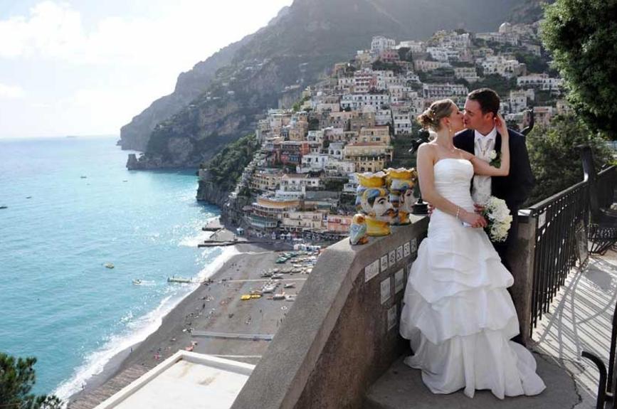Bride & Groom in the Amalfi Coast, Italy